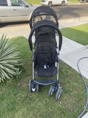 Selling a stroller for Sale in Fresno, CA