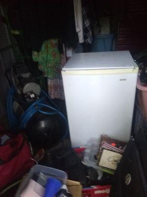 Kenmore mini fridge and freezer for Sale in Fenton, MO