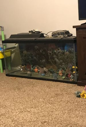 55 gallon fish tank for Sale in Cleveland, OH