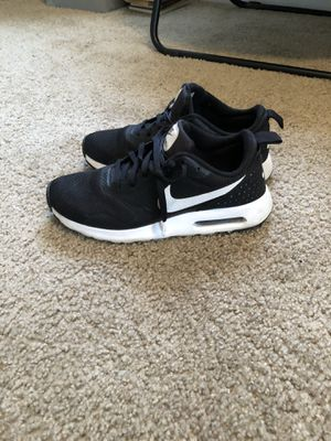 Nike Air Max Tavas for Sale in Normal, IL