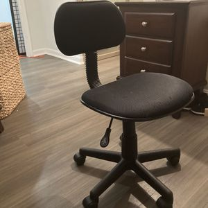 Great Student Desk Chair for Sale in Arlington, VA