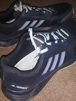 Womens Adidas Shoes For Sale 5.00 ! for Sale in Kearneysville,  WV