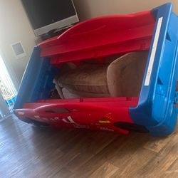 Free Car Bed for Sale in Happy Valley,  OR