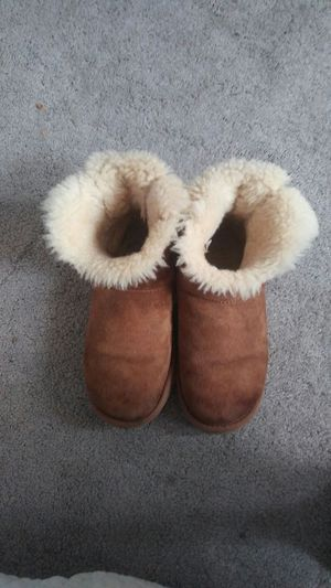 Womens UGG size 7 for Sale in Hyattsville, MD