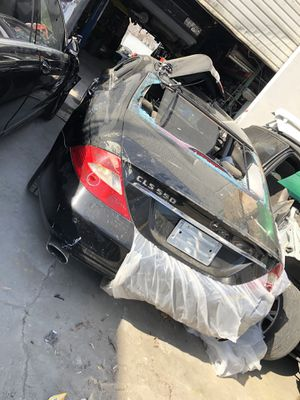 2006-2007 Mercedes Benz CLS550 parts for Sale in Sacramento, CA