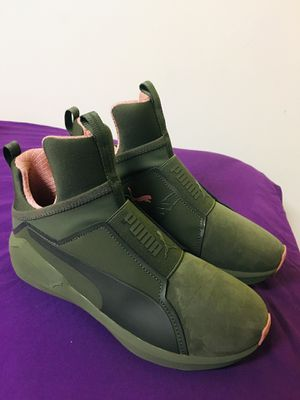 Puma green and pink naturals size 5.5 for Sale in Silver Spring, MD