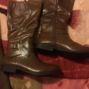 Boots - Brown (New) for Sale in Buena Park, CA