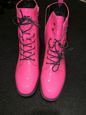 Neon pink ankle boots size 10*true to size for Sale in Atlanta, GA