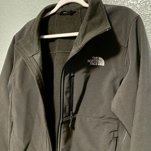 North Face Windwall Men's Jacket - Black for Sale in San Diego, CA