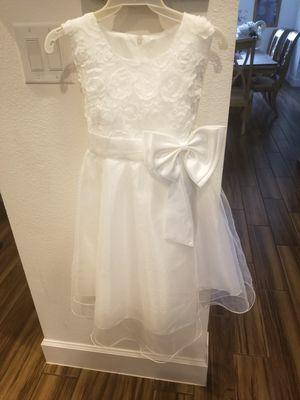 New White Dress for Sale in MAGNOLIA SQUARE, FL
