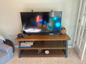 Tv Stand with mount for Sale in Ashburn, VA