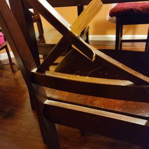 Free Table & Chairs-- Fair Condition for Sale in Jonesboro, GA