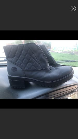 Totes snow boots size 8.5 new heeled boots for Sale in Alexandria, VA