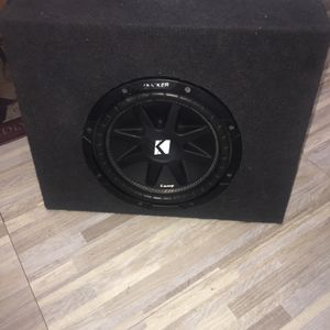 10s Kicker CompSubwoofer 🔊 for Sale in Lakeside, CA