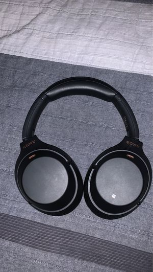 Sony WH-1000XM3 Wireless Noise Cancelling Headphones for Sale in Bonney Lake, WA
