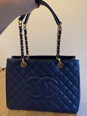 Chanel Original Bag (used - very good condition) for Sale in Orlando, FL