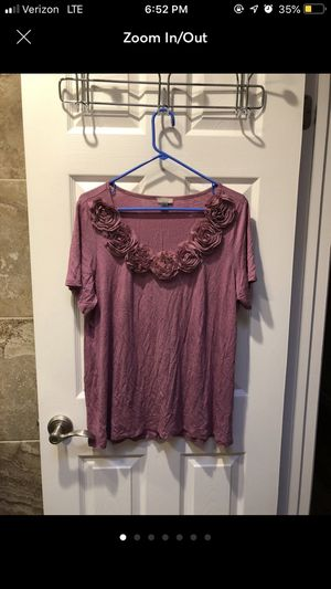 SUMMER TOP WITH ROSES for Sale in Pleasanton, CA