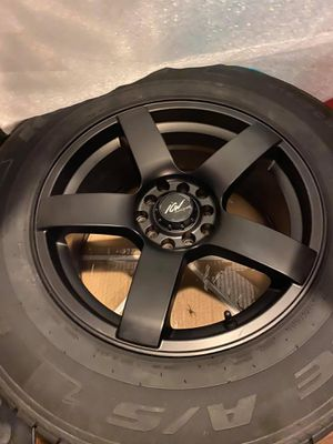 Rims/tires for 2003 Toyota rav4 for Sale in Stratford, CT