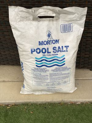 FREE poool salt for Sale in Hayward, CA