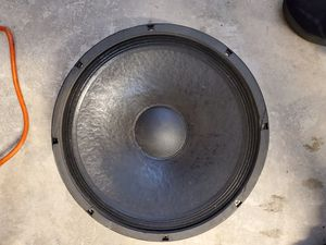 """Mackie 15"""" SUBWOOFER 500 RMS 700 PEAK GOOD WORKING CONDITION for Sale in Hialeah, FL"""