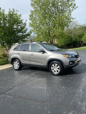 2012 Kia Sorento Newer Tires Very Clean for Sale in Frankfort, IL