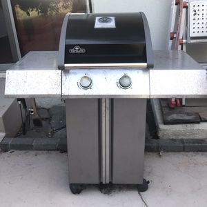 Napoleon Stainless BBQ Grill + Cover = Works Perfect for Sale in Laguna Beach, CA