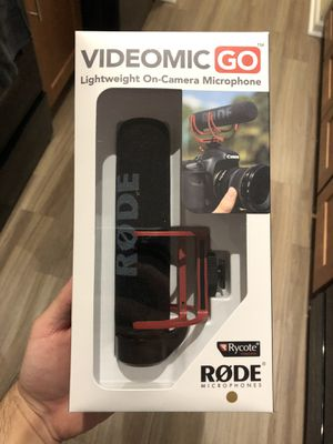 RODE MIC GO lightweight microphone for Sale in Wheaton, IL
