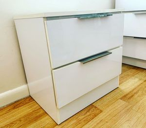 Nightstand for Sale in Miami Beach, FL