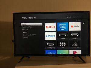 TCL Roku Tv - 28 inch for Sale in Santa Fe Springs, CA