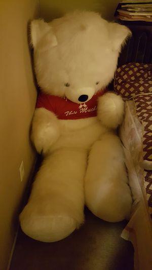 9 feet teddy bear for Sale in Sanger, CA