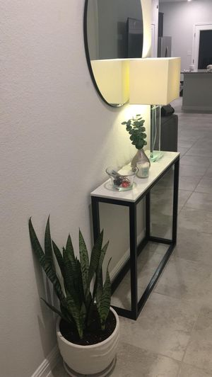 Console Table for Sale in Webberville, TX
