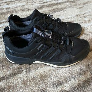 Adidas Gore-tex Terrex shoes* men's 9* good shape for Sale in Spokane, WA