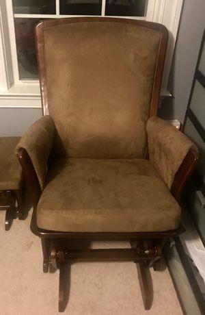 Glider rocking chair for Sale in Manassas, VA