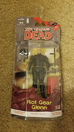 McFarlane Toys The Walking Dead Comic Series 2 Glenn Action Figure for Sale in Tacoma, WA