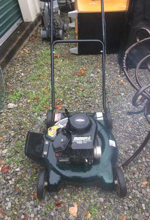 """Bolens 20"""" cutting width lawn mower for Sale in Clarksville, TN"""