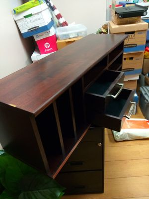 Table top shelf for Sale in Fontana, CA