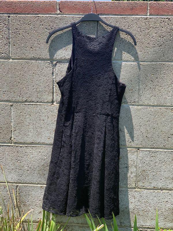 Express Black Lace Dress with Zipper