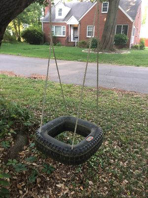 Little tikes tire swing for Sale in Portsmouth, VA