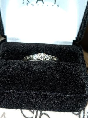 Kay Jewelers 3/8 tcw Engagement ring, OBRO WANT GONE for Sale in Swanville, ME