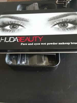Huda Makeup Brushes for Sale in Lake Worth, FL
