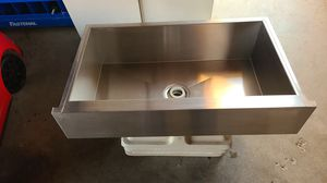 Sterling farmhouse sink for Sale in Fresno, CA