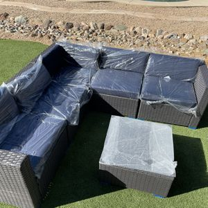 6 Piece Patio Set New for Sale in Scottsdale, AZ
