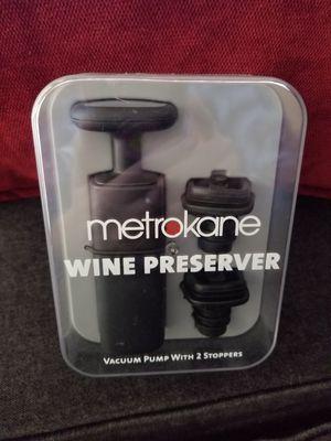 Metrokane Wine Preserver & Trudeau Plate Clips for Sale in Moreno Valley, CA