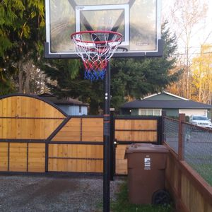Lifetime Brand Basketball 🏀 Hoop for Sale in Tacoma, WA