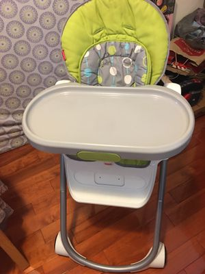 Fisher Price 4 in 1 Total Clean High Chair for sale for Sale in Jersey City, NJ
