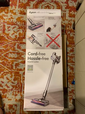 Dyson v6 Cord Free for Sale in Redlands, CA