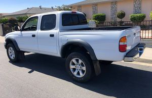 TOYOTA TACOMA 2003 LEATHER INTERIOR for Sale in Arvada, CO