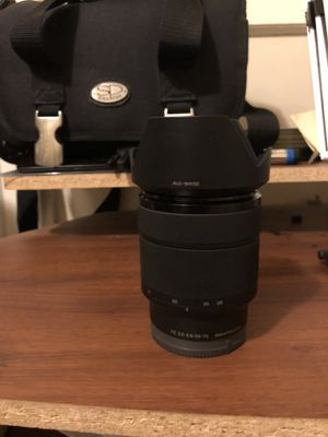 For sale is a Practically brand new Sony E Mount full frame (FE) 3.5-5.6/28 - 70 optical steady shot. for Sale in Providence, RI
