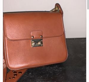 Dream control cross body for Sale in Lanham, MD