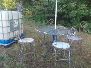 Antique ice cream parlor chairs with table for Sale in Stone Mountain, GA